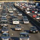 Staumeldungen über das Autoradio abrufen – Wissenswertes über den Verkehrsfunk